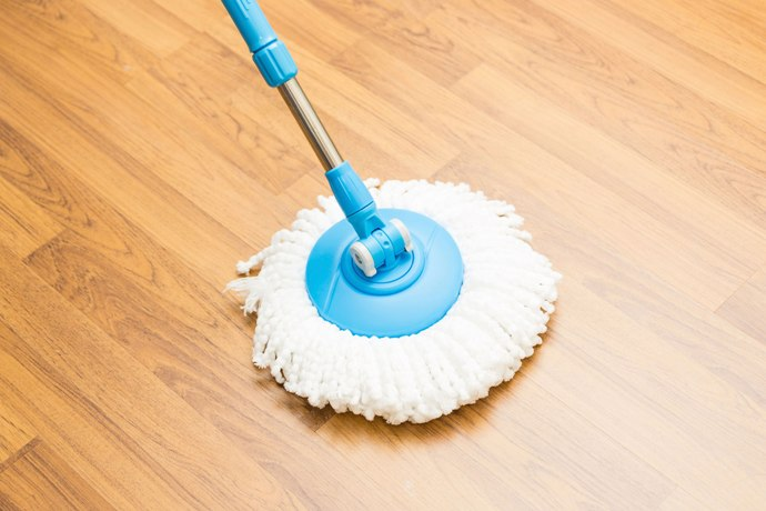 How To Clean Vinyl Floors With Vinegar An In Depth Guide