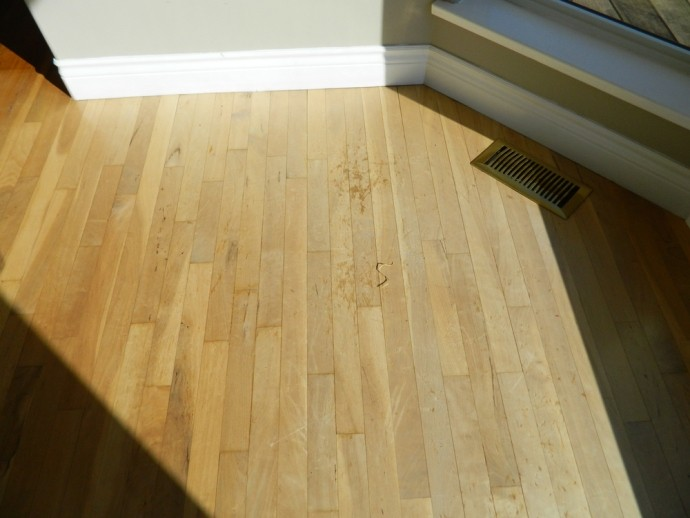 How To Get Rid Of Yellow Stains From A Rug On Flooring?