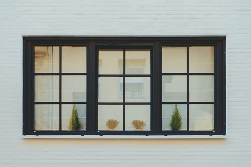 how-to-clean-high-windows-from-outside