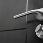 how-to-clean-door-knobs-and-handles