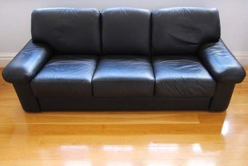 how-to-clean-leather-sofa-with-baking-soda