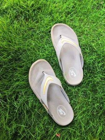 how-to-clean-nike-sandals