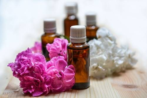 can-you-use-essential-oils-in-a-carpet-cleaner