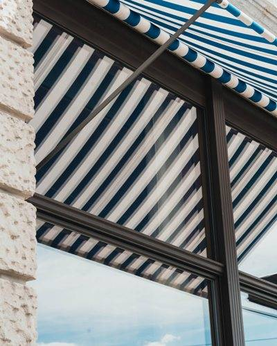 clean-mildew-from-canvas-awnings