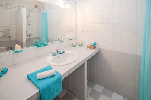 keep-bathroom-clean-with-roommates