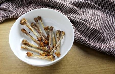 can-you-put-chicken-bones-in-the-garbage-disposal