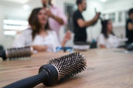 how-to-clean-a-comb-with-dandruff