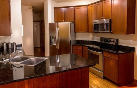 clean-oil-stains-from-granite-countertops