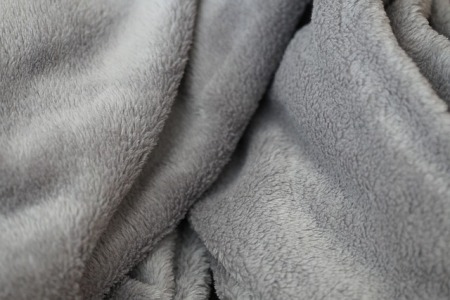how-to-clean-a-blanket-without-washing-it