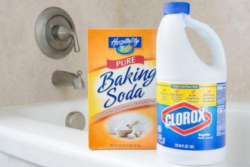 mix-bleach-and-baking-soda